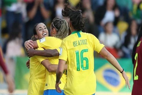 ceb47df6c8 A Seleção Brasileira Feminina está garantida no quadrangular final / Foto:  Lucas Figueiredo/CBF