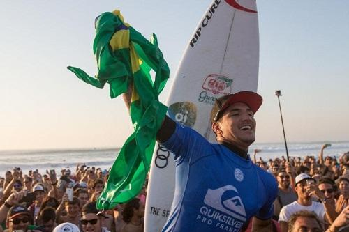 Gabriel Medina / Foto: WSL/Laurent Masurel