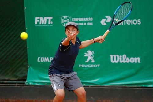 7cab04f6719 Atleta em ação na chave principal   Foto  Luiz Cândido